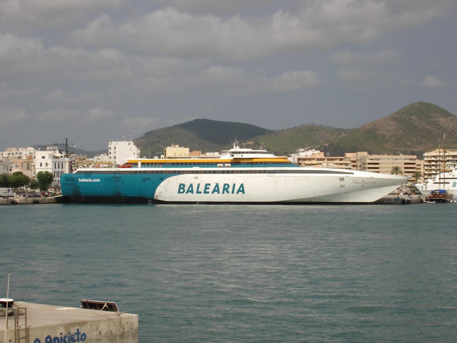 Balearia boat photo at ibiza tourism for Oficina balearia ibiza